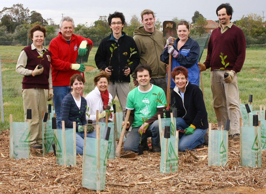 Cars Guide/ Greenfleet tree planting at Werribee Open Range Zoo.
